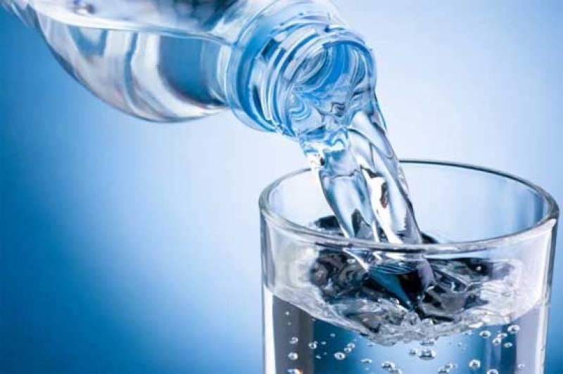 ایک ماہ تک صرف پانی کا استعمال کیا اثرات مرتب کرتا ہے