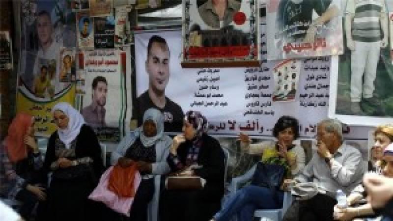 صہیونی زندانوں میں دو بھوک ہڑتالی قیدیوں کی زندگی خطرے میں