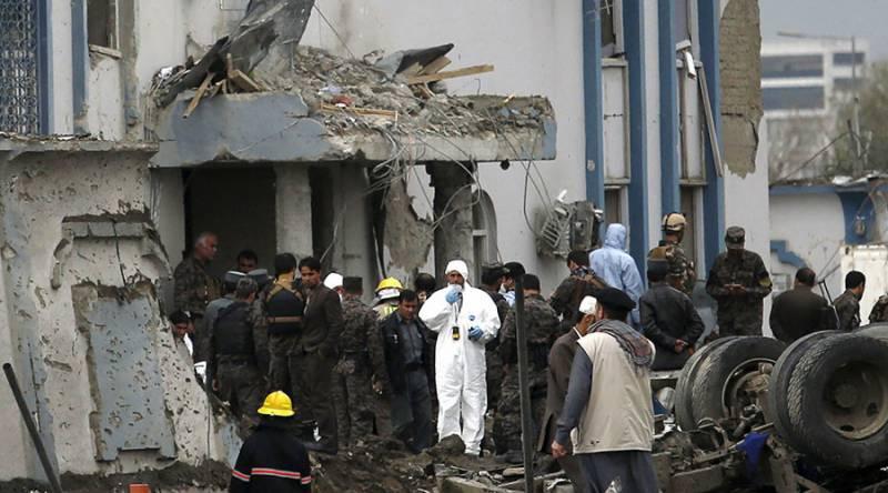 کابل میں خودکش حملے میں دوسیکیورٹی اہلکاروں سمیت 4افراد ہلاک