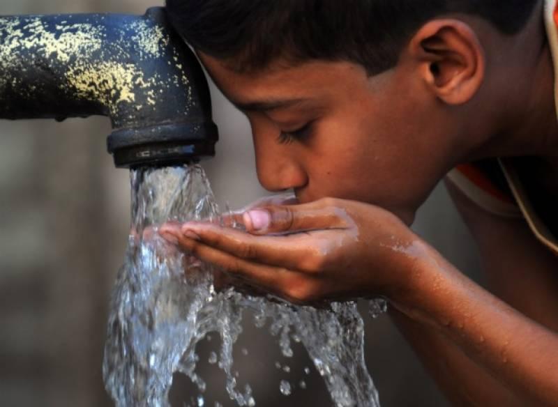 لاہورکےعوام قانونی طور پر مضر صحت پینے کا پانی استعمال کرنے پر مجبور