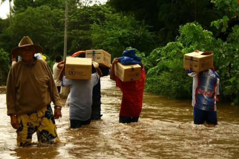 وسطی امریکا میں سمندری طوفان اوٹو سے بارشیں اور سیلاب