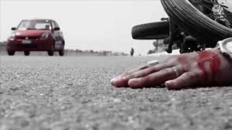 ٹریفک کے مختلف حادثات میں 65سالہ معمر شخص جاں بحق،ماں بیٹے سمیت 7زخمی