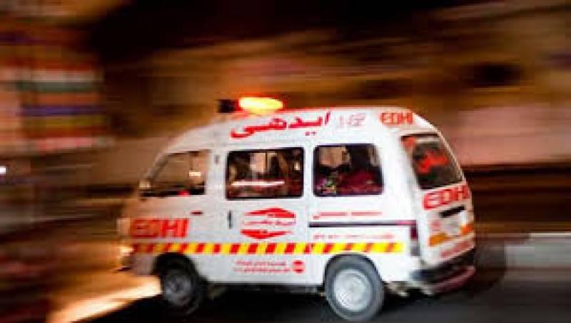 لاہور:لوئر مال پر2گروپوں میں فائرنگ، 7سالہ بچی جاں بحق
