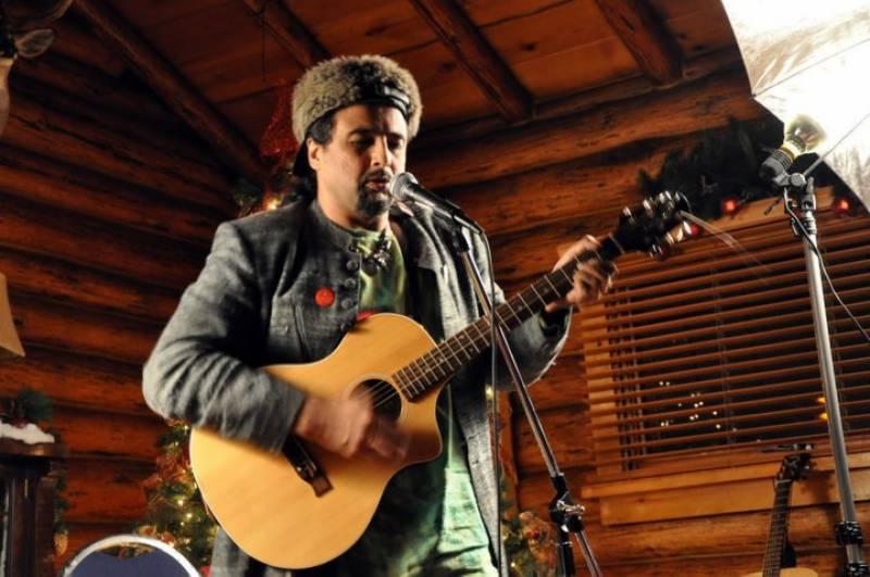 جنون کے 25 سال مکمل ہونے پر گلوکار سلمان احمدکا ایک اورگانا 'دور'