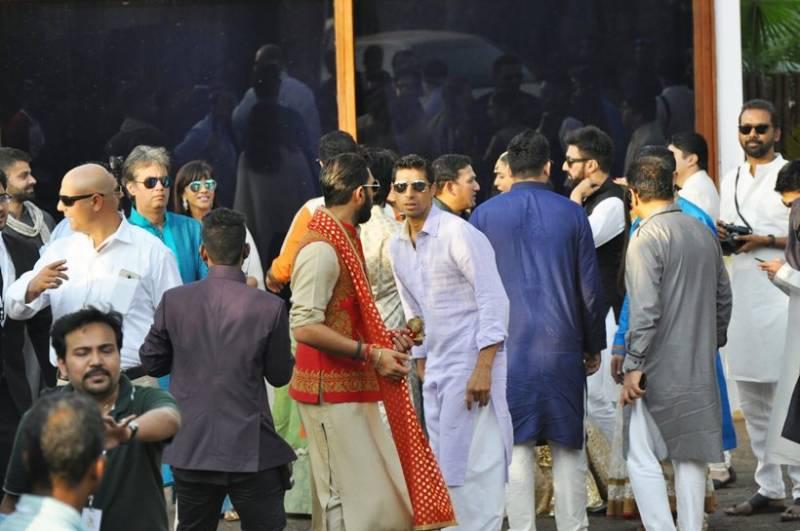 بھارتی کرکٹر یووراج سنگھ کی شادی کی تصاویر منظر عام پر آگئیں