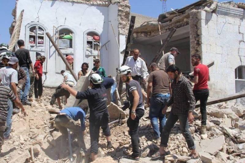 ادلب میں فضائی حملے، کم از کم 14 افراد ہلاک