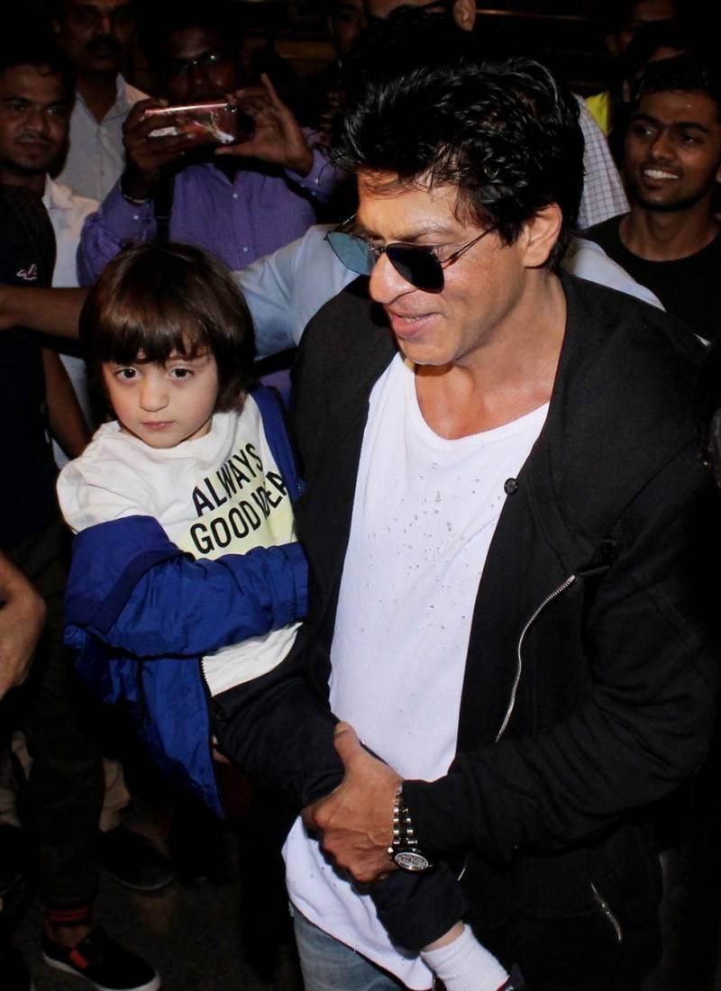 شاہ رخ خان سے زیادہ ان کا بیٹا فلم انڈسٹری میں مشہور؟مگرکیوں