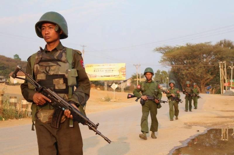 میانمار میں فورسزکے باغیوں پر حملے،جنگی طیاروں اوربھاری ہتھیاروں کا استعمال