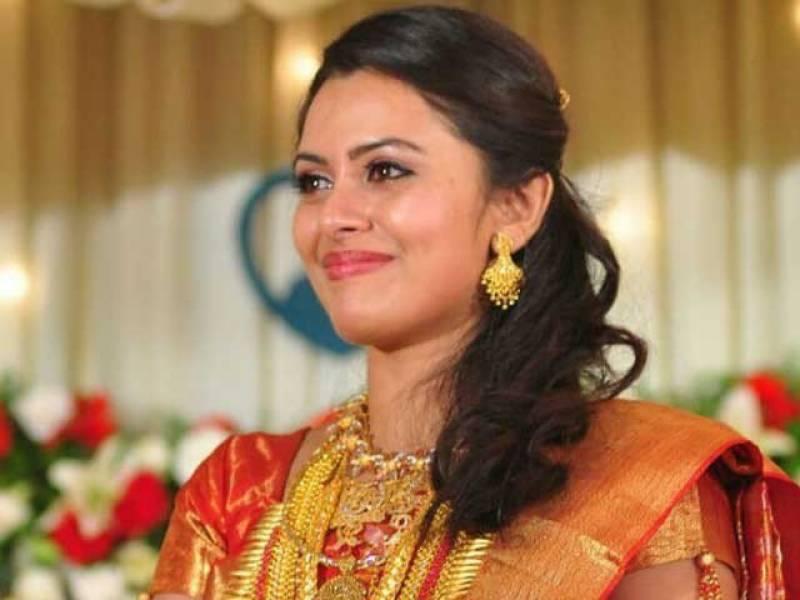 بھارت کی معروف اداکارہ 130 کروڑ کےفراڈ میں گرفتار