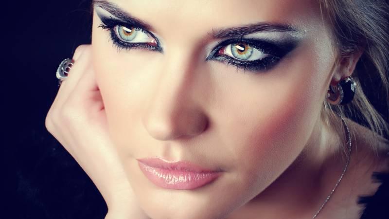 آنکھوں کی 9 علامات سنگین امراض ہو سکتی ہیں