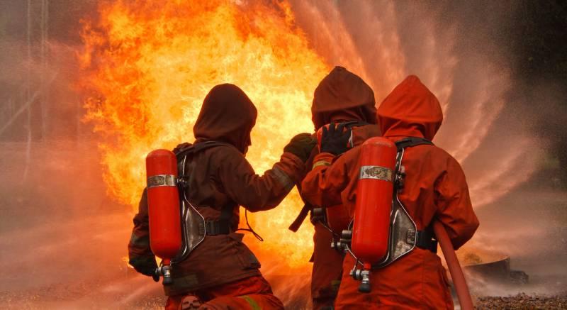 لاہور میں نجی کمپنی کے دفتر میں آگ لگنے سے 7 افراد جاں بحق