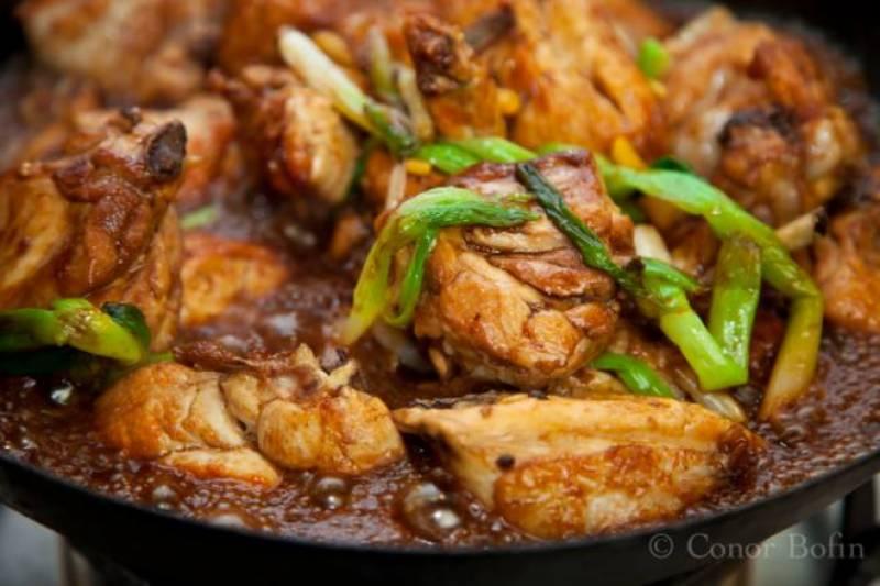 مرغی کا ادھ پکا گوشت فالج کا سبب بن سکتاہے, ماہرین کا اہم انکشاف