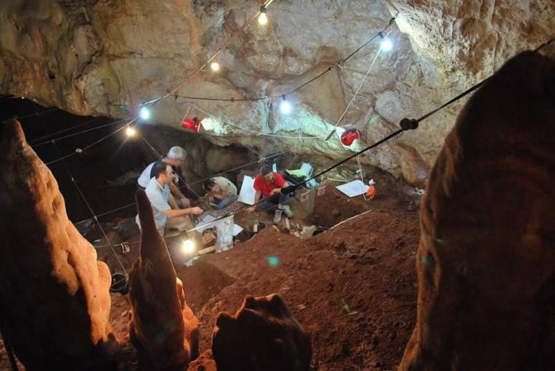 اسرائیل میں غار سے قدیم دستاویزات کے آثار دریافت
