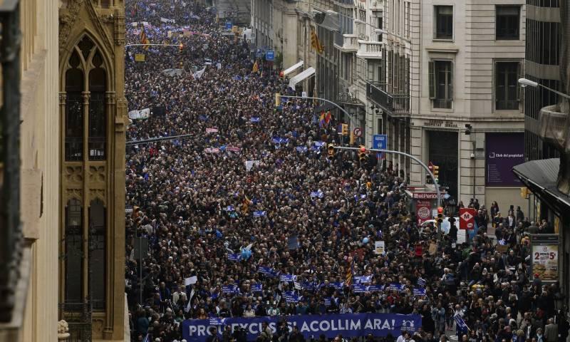 اسپین میں ہزاروں افراد کا پناہ گزینوں کے حق میں مظاہرہ