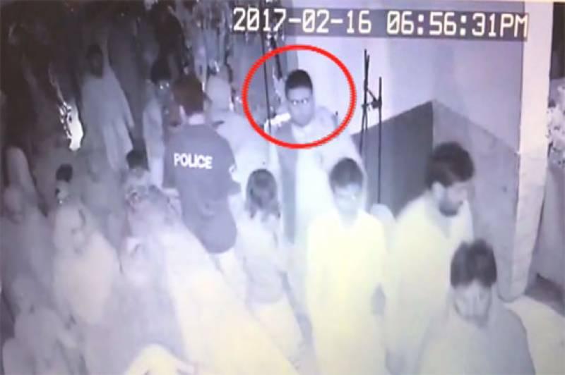سانحہ سیہون، مبینہ خودکش حملہ آور کی ویڈیو جاری، سہولت کار بھی گرفتار