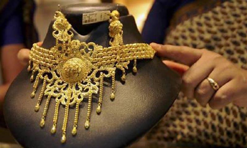 سونے کی فی تولہ قیمت 50 ہزار9 سو روپے ہو گئی