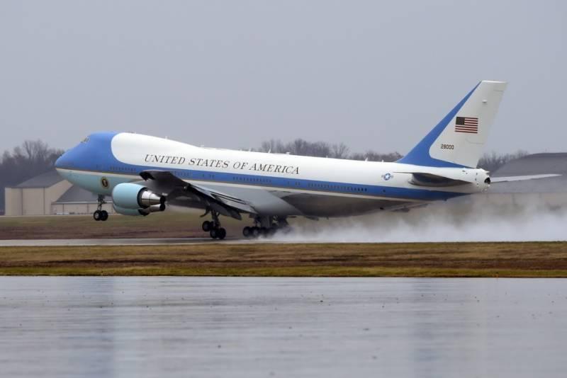 برسلز آنے پر امریکی صدر ڈونلڈ ٹرمپ کے طیارے کو دس ہزار یورو جرمانہ ہو گا