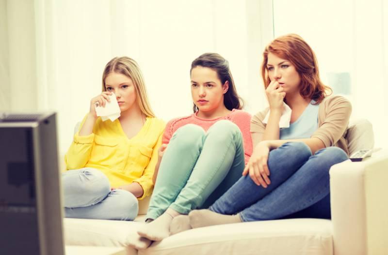 جذباتی مناظر دیکھ کر رونا صحت مندانہ عادت ہے، تحقیق