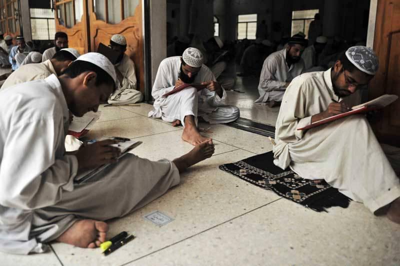 بلوچستان حکومت نے دینی مدارس کوعصری تعلیمی اداروں کے ساتھ ملانے کے اقدامات کا آغازکردیا