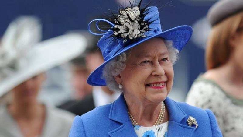 ملکہ برطانیہ بھی جیمز بونڈ اسٹائل کی مداح