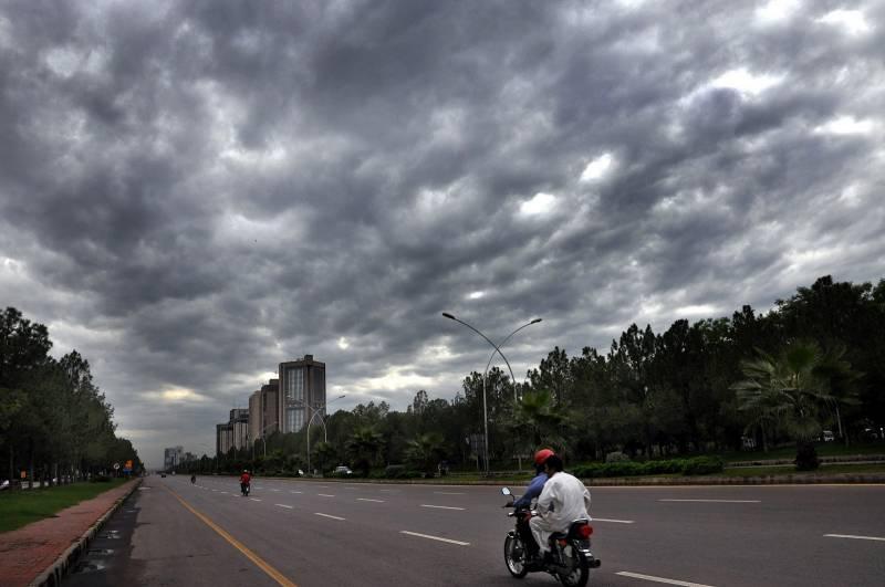 آئندہ 24گھنٹوں کے دوران اسلام آباد سمیت ملک کے مختلف شہروں میں بارش کا امکان