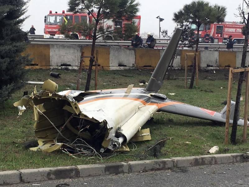 استبول: ہیلی کاپٹر گرنے سے 5 افراد ہلاک ہو گئے