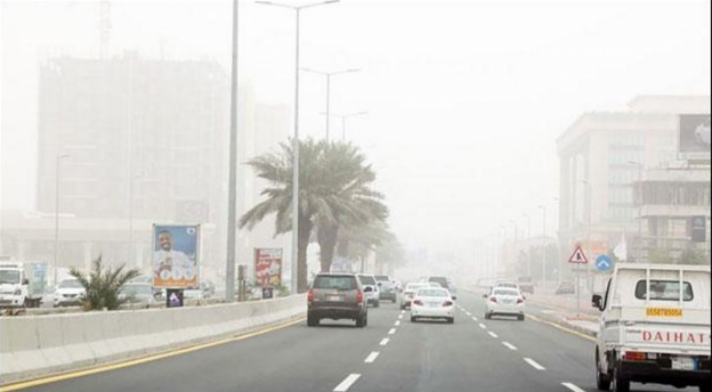 سعودی عرب میں تیز گرد وغبار نے نظام زندگی درہم برہم کردیا