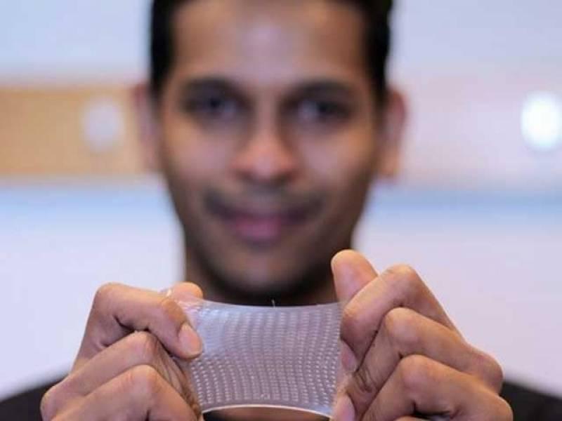 انجینئروں نے ایک ایسی انتہائی لچک دار ٹچ اسکرین کا پروٹوٹائپ تیار کیا ہے جسے کھینچا اور لپیٹا جاسکتا ہے
