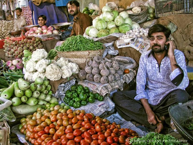 ٹماٹر اور چکن کی قیمتیں آسمان سے باتیں کرنے لگیں