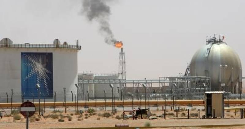 کویت اور سعودی عرب کا خافجی فیلڈز سے تیل کی پیداوار دوبارہ شروع کرنے کا فیصلہ