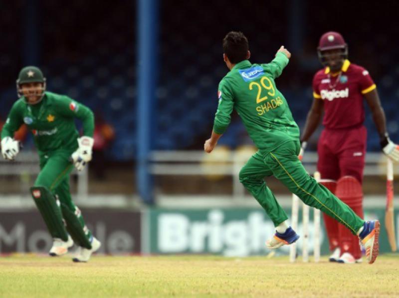 پاکستان نے دلچسپ مقابلے کے بعد ویسٹ انڈیزکو تین رنز سے شکست دیدی