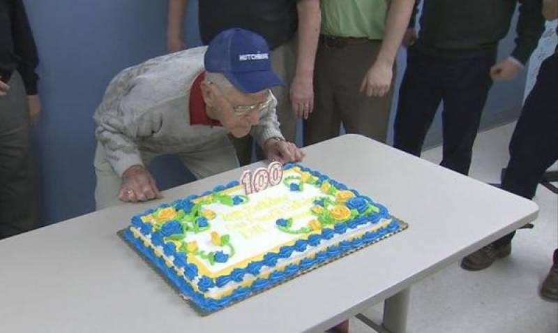 100ویں سالگرہ پر ملازمت کی خواہش