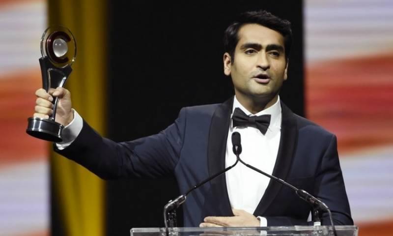 پاکستانی نژاد کمیل ننجیانی نے کامیڈی اسٹار آف دی ایئر ایوارڈ جیت لیا