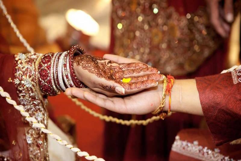 سعودی عرب میں شادی کی تصاویر کھنچوانے پر دُلہے نے اپنی نئی نویلی دُلہن کو طلاق دے دی