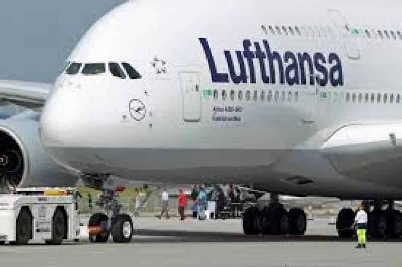 نشے میں دھت شخص کی وجہ سے طیارے کو ہنگامی طور پر لینڈ کرنا پڑا