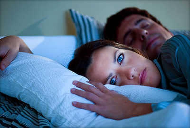 نیند کی کمی کن خطرناک بیماریوں کا سبب بنتی ہیں آ پ نےکبھی سوچا نہ ہو گا