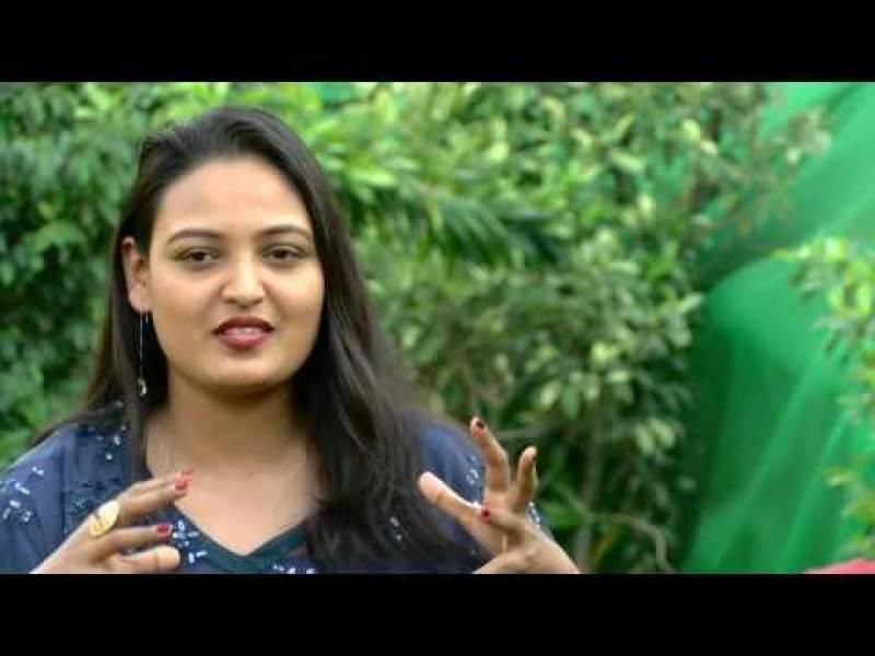پاکستانی مٹی سے محبت الفاظ میں بیان نہیں کرسکتی'گلوکارہ سائرہ پیٹر