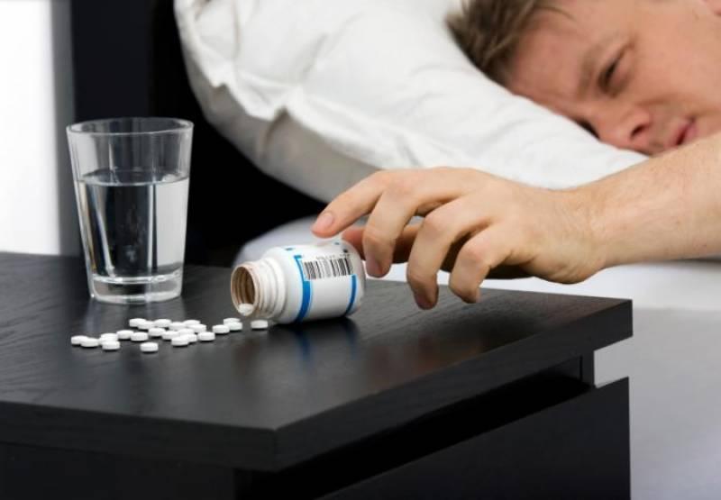 درد کی دوائیوں کے ساتھ نیند کی گولیاں جان لیوا