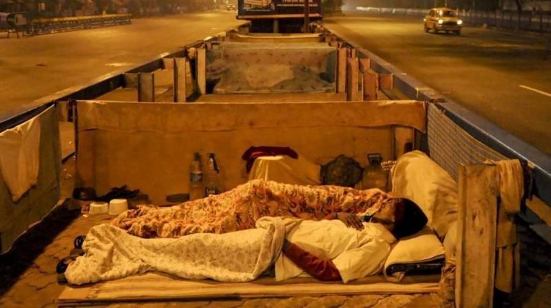 بھارت میں گرمی کی شدید لہر کے باعث 40افراد ہلاک،پارہ 45درجہ سینٹی گریڈ تک پہنچ گیا