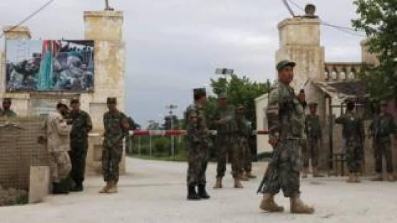افغانستان: فوجی اڈے پر ہونیوالے حملے میں ہلاکتوں کی تعداد 140 ہو گئی