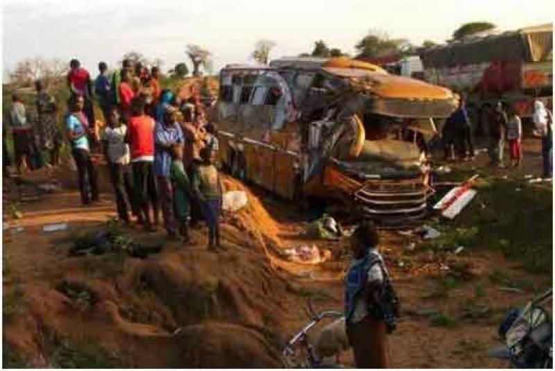 کینیا: ٹریفک حادثے میں 27 افراد ہلاک اور متعدد زخمی