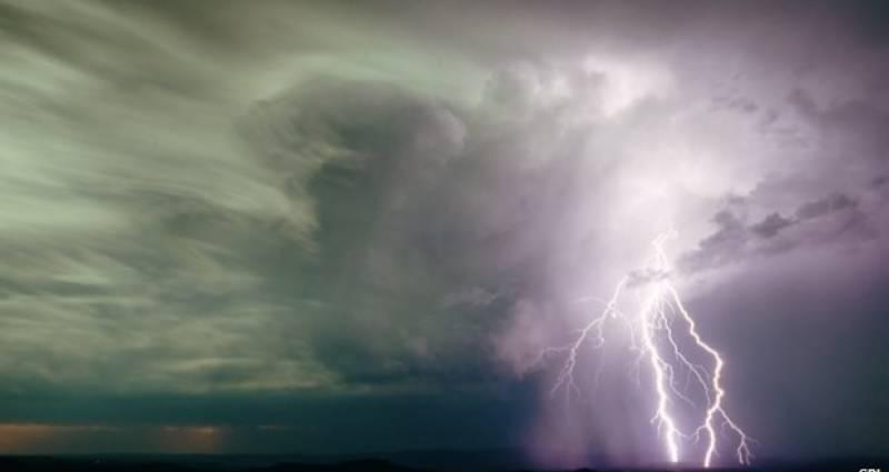 کشمیر ،گلگت بلتستان اور ملحقہ پہاڑی علاقوں میں کہیں کہیں بارش کا امکان