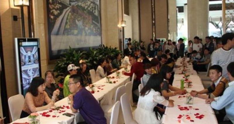 چینی شہری اپنی شادی پر کرائے کے باراتی لانےکی وجہ سے گرفتار