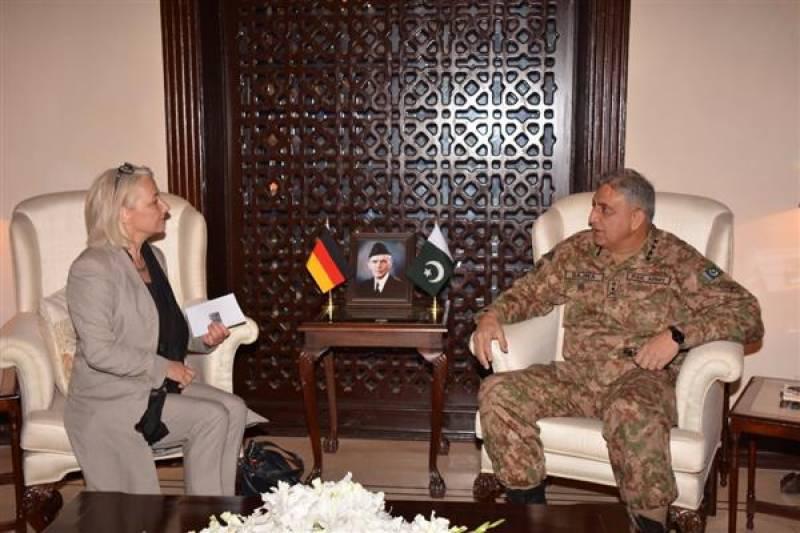 آرمی چیف سے جرمنی کے نمائندہ خصوصی کی ملاقات، اہم امور پر تبادلہ خیال