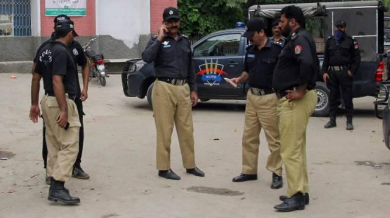 لاہورپولیس کی کارروائی،3رکنی ڈکیت کم عمر گینگ گرفتار کرلیا