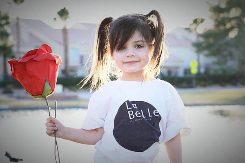امریکہ میں3 سالہ بچی نے انسٹاگرام پر سب کے دل جیت لیے