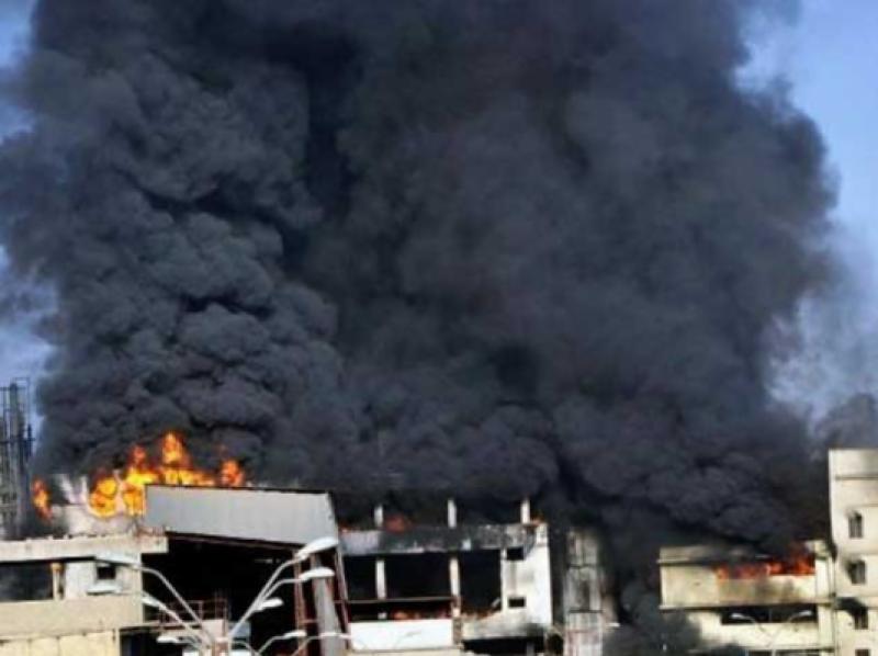 کراچی : سائٹ ایریا میں فیکٹری میں تیسرے درجے کی آگ بھڑک اُٹھی