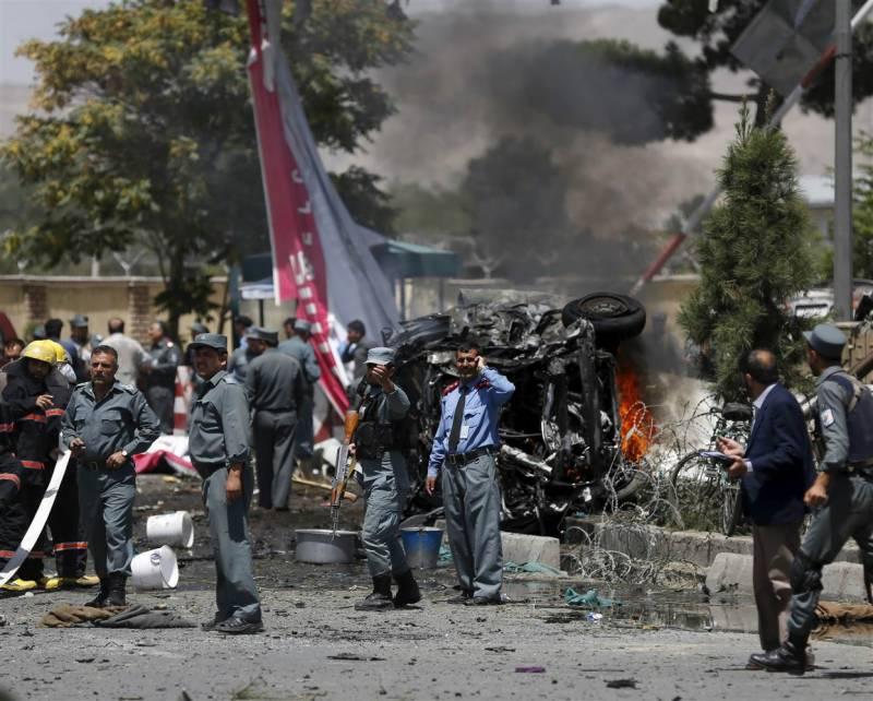 کابل دھماکے میں پاکستان کے دفاعی اتاشی کے گھر کو بھی نقصان پہنچا،اہلکار معمولی زخمی