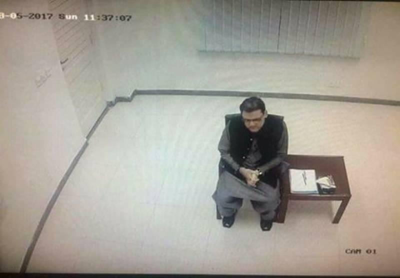 حسین نواز کی جے آئی ٹی پر پیشی کی تصویر سوشل میڈیاپروائرل