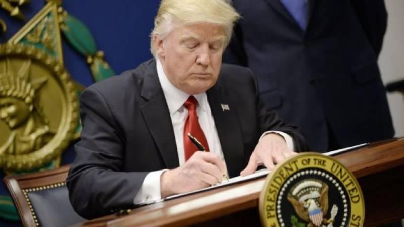 سپریم کورٹ سفری پابندیوں کے معاملے پر سماعت جلد نمٹائے، امریکی صدر ڈونلڈ ٹرمپ